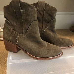 Green suede slouch bootie 7